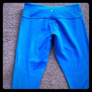 Lululemon WU crops - Bright Blue - Sz 10 - GUC!
